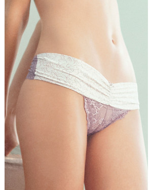 Ellipse Brazilian Panty Lace in Lilac